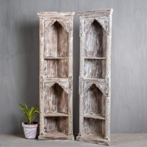 CARVED CORNER BOOKSHELF